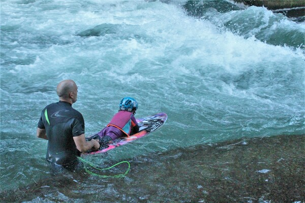 surf in the river